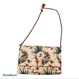 Kelly & Katie super cute floral thin purse